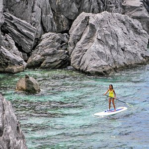 SUP SURVIVOR! open ocean with nice and challenging waves is awesome! salty life is LOVE...