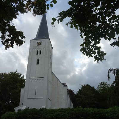 Heiloo;Rijksmonument De Heilooer Witte Kerk uit 1200-1573