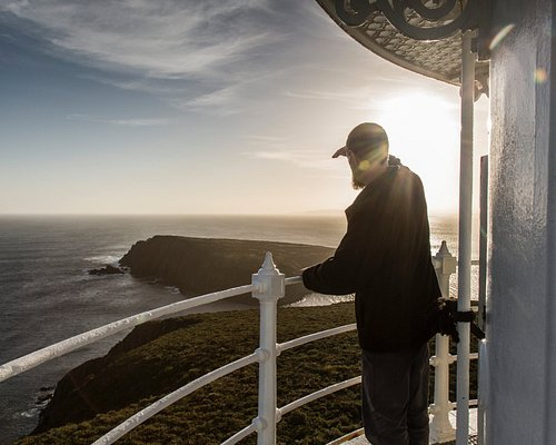 Tour guides at Cape Bruny Lighthouse Tours