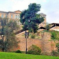 La seconda scala mobile di Toledo che copre un dislivello di 36 metri