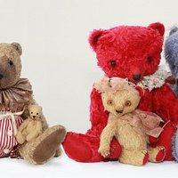 Kunstnerbamser på Teddy Bear Art Museum