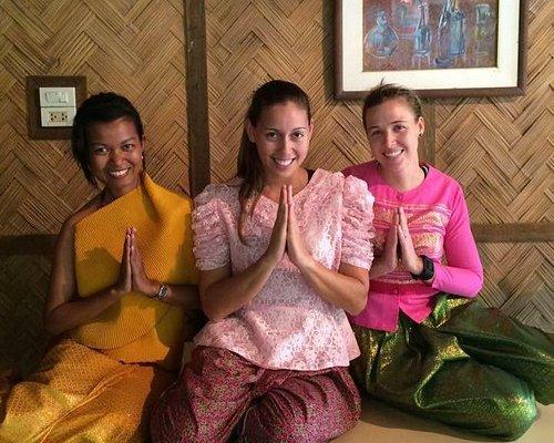 Praying in Thailand
