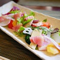 地魚と野菜のカルパッチョ