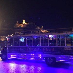 ¨La Patrona ¨ The only disco chiva in  Cartagena