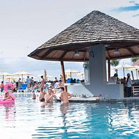 KUDO Beach Club & Restaurant 2018 - www.kudophuket.com