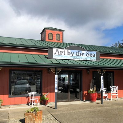 Art and Gifts by Local Artists