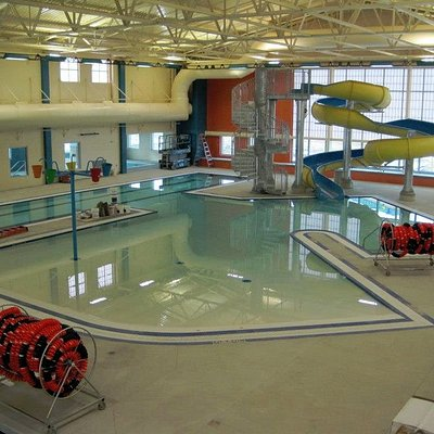 The Worland Aquatic Center has a splash zone for it's littlest visitors as well as a waterslide.