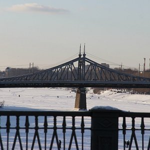 Нововолжский мост, виды с моста