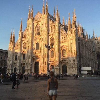 We depart from piazza Duomo or your hotel