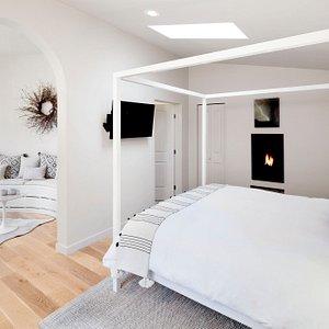 Garden Suite - Bedroom & Living Area