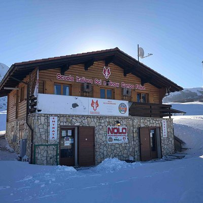 Ski Rental in same building (if take lessons = discount)
