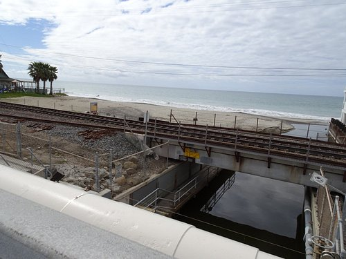 Access goes under train tracks down to beach