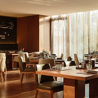 Food Studio, Renaissance Beijing Wangfujing Hotel
