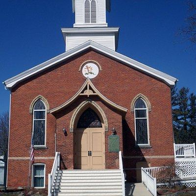 MI-Leslie-First_Baptist_Church-2