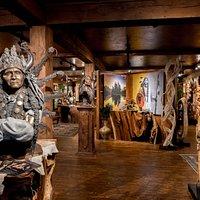 Sunti World Art Gallery, Whitefish