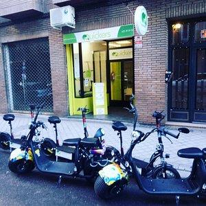 Alquiler, venta y tours guiados en patinete eléctrico en la ciudad de Madrid.