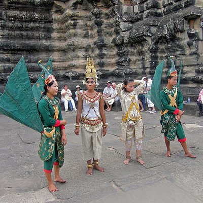 Traditional dance at Angkor Wat temple.