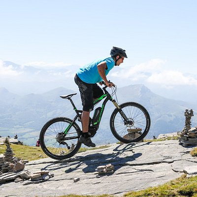 Our certified E-MTB instructor :)