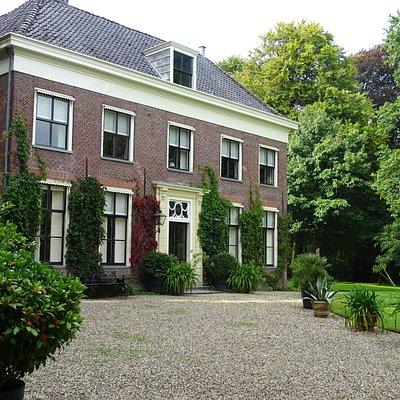 """ wandelpark(tegen betaling) Landgoed Oostergeest uit 1650 Warmond"""