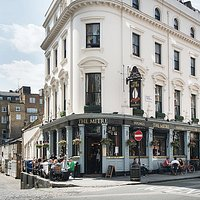The iconic look of a London pub