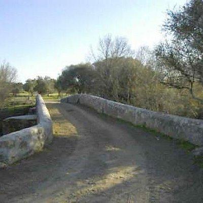 Ponte antiga de São Brás do Regedouro