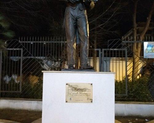 Monumento a Rino Gaetano