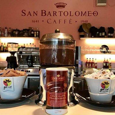 Coccolarsi con la cioccolata calda: da noi si può!