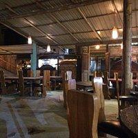 Delicio Pizza Artesanal , en un ambiente agradable, fresco y tranquilo. Diferentes opciones a có