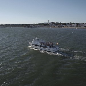 Navegación durante el paseo en barco