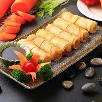 Thai Fried Spring Rolls 素春卷