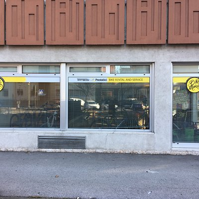 This is the new bike rental Point in Trento 30 mt from the Adige bicycle path