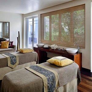 Amara Spa Couples Suite