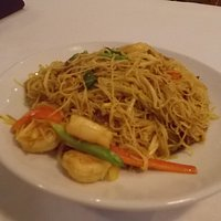 Singapore Rice Noodles at George & Sons, E. Via Linda & Frank Lloyd Wright, Scottsdale.