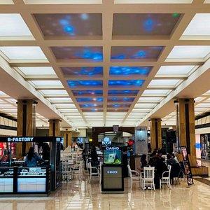 Metronome Shopping Center