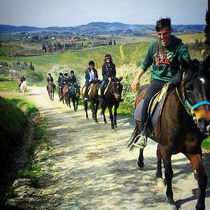 Horseback riding in Tuscany Daily departures from Florence and Chianti