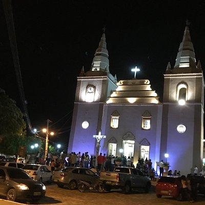 Fachada da igreja matriz no domingo de ramos 2018