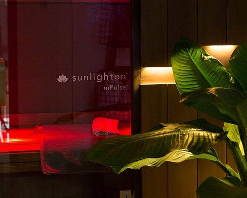 Experience the Sunlighten Full Spectrum Infrared Sauna. Near, MId and Far Infrared.