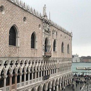 Doge's palace and a view on San Giorgio church