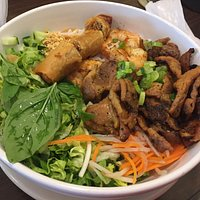 Bun Tom Thit Nuong Cha Gio (Grilled Shrimp, Grilled Pork, Egg Roll, Vermicelli Noodles, and Vegg