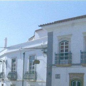 Casa Nobre da Família Gil Borja de Meneses (Portel)