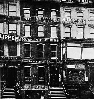Historic photo of Tin Pan Alley era on West 28th Street