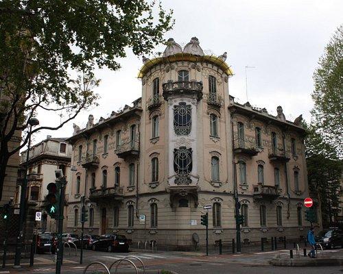 Turin, Casa Fenoglio La Fleur (1902) by architect Raimondo D'Aronco