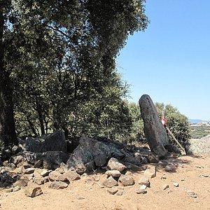Anta de Vale de Romeiras 1