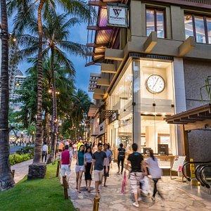 Royal Hawaiian Center, Building C