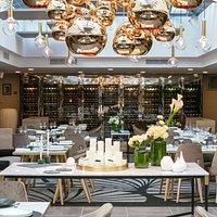 Restaurant La Verrière Paris - Présentation d'une des deux salles