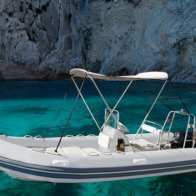 Excursión con el speed boat, y/o alquiler de barcos