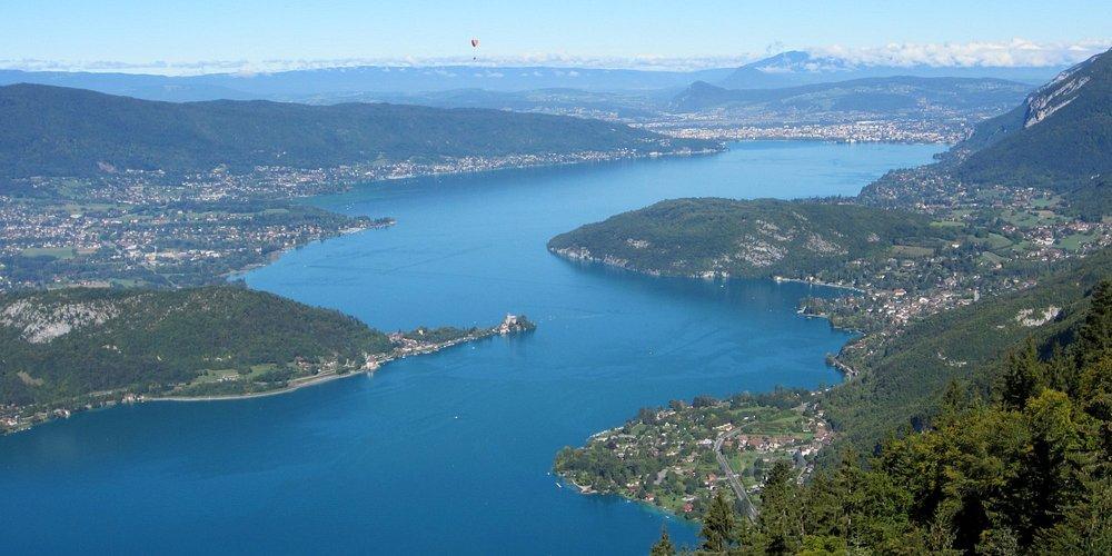 Vue du lac depuis le Col de la Forclaz
