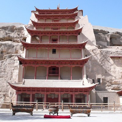 mogao caves in dunhuang
