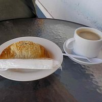 Coffe and a vegetable pastie