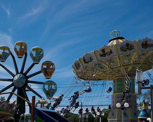 Adventureland Fan Favorites--the Wave Swing and Ferris Wheel!